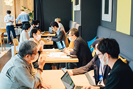 大阪商品計画面談風景