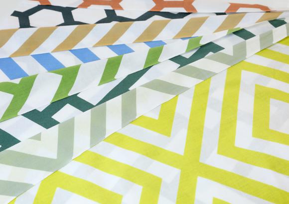 hirali(ひらり)(竹野染工株式会社)- 伝統と新技術で作る裏表色が違うてぬぐい