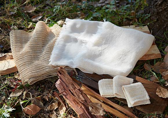 樹から生まれたストール・ハンドタオル(縁樹の糸)- 樹から紡いだ糸が織りなす自然と<br /> つながる心地良いくらし