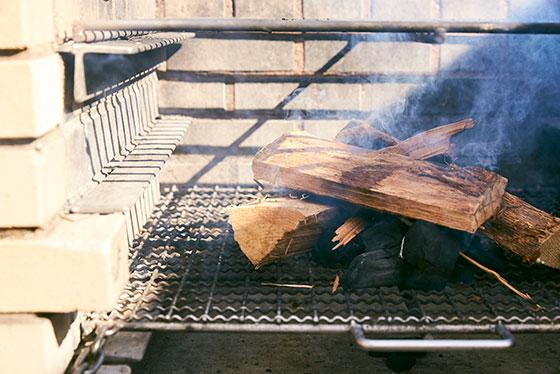 間伐で生まれる炭を使って、幸せの循環を作る