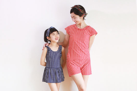 普段の洋服に近いデザイン 親子で着る水着